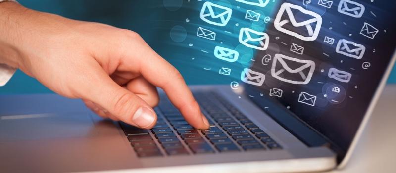 Forwarding malicious emails